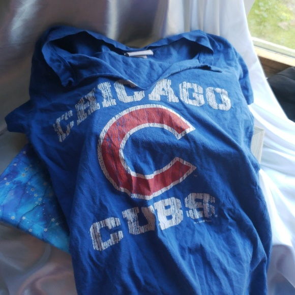 the latest 2057b 8d2c7 3 for 15 Chicago Cubs women's t shirt